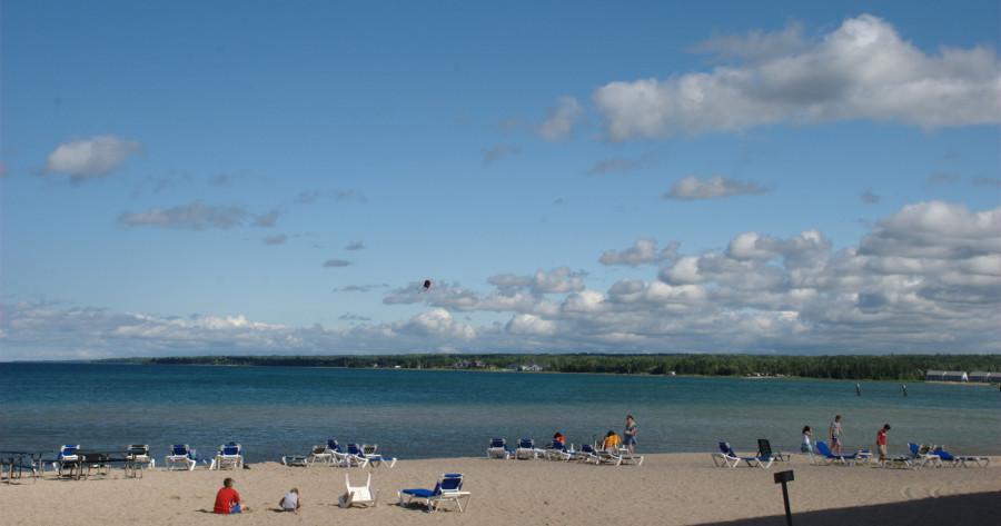 mackinaw city beach