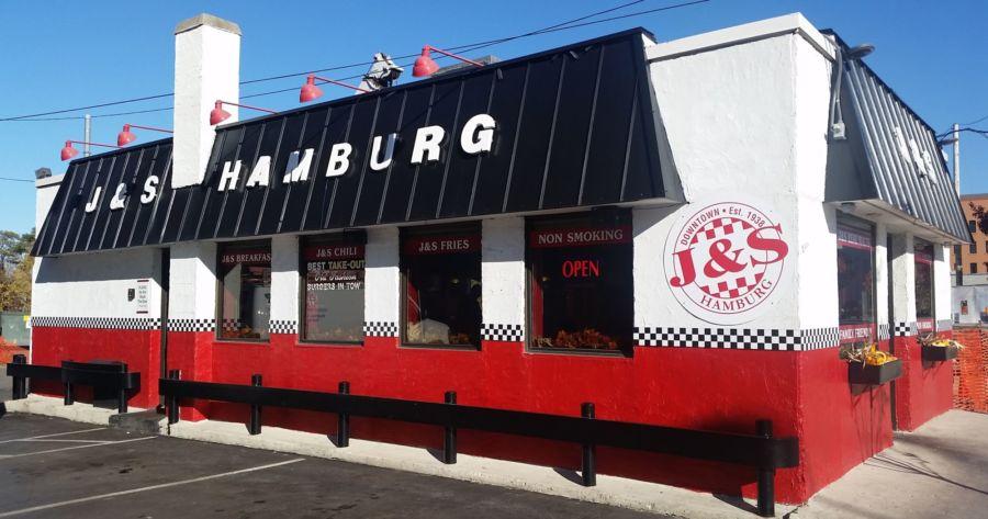 Traverse City restaurants open late